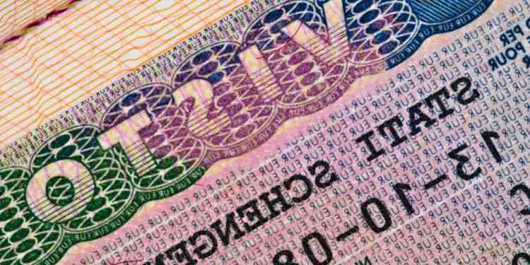 Quale carta d'identità per l'Italia?
